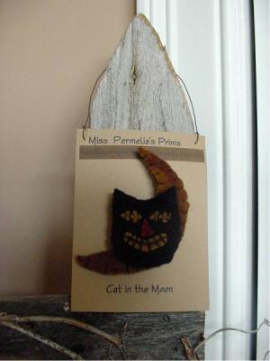 Prim Cat in the moon pin-