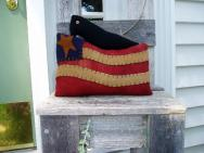 Flag and Crow sill sitter-